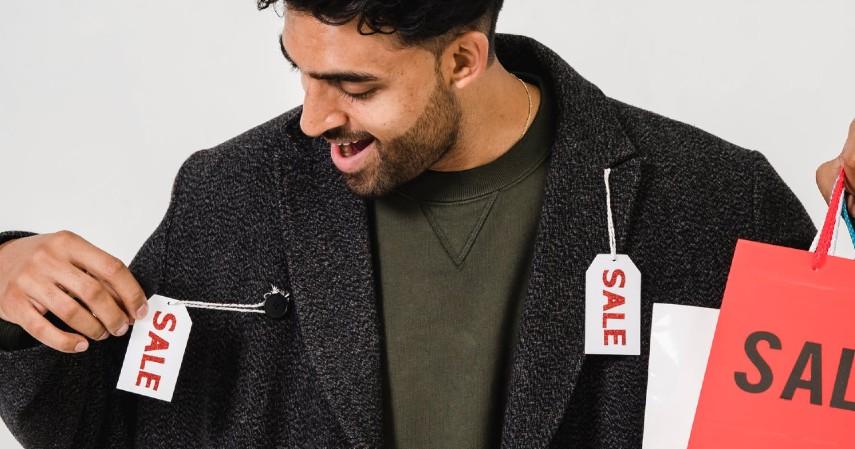 Tips Berburu Pakaian Bekas Biar OOTD Tetap Berkelas - Pintar menawar