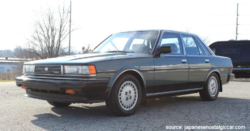 Toyota Cressida - 10 Daftar Mobil Bekas Rp30 Juta