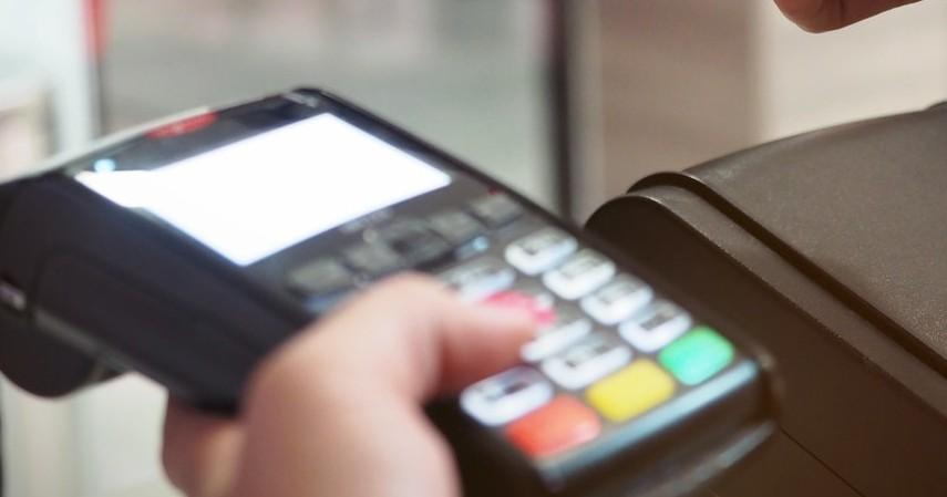 Tukar Poin Rewards Hemat Rp50 Ribu - 4 Promo Kartu Kredit Standard Chartered Maret 2021