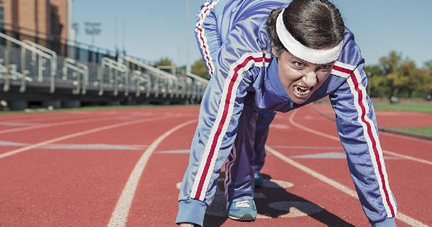 berolahraga - Cara Mengatasi Siklus Haid Tidak Teratur