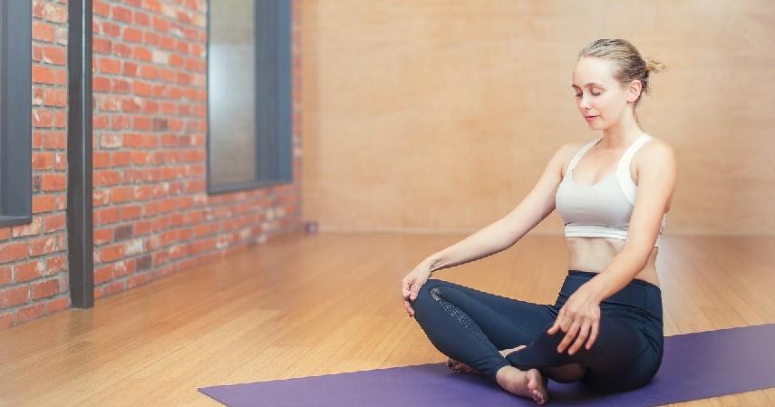 yoga - Cara Mengatasi Siklus Haid Tidak Teratur