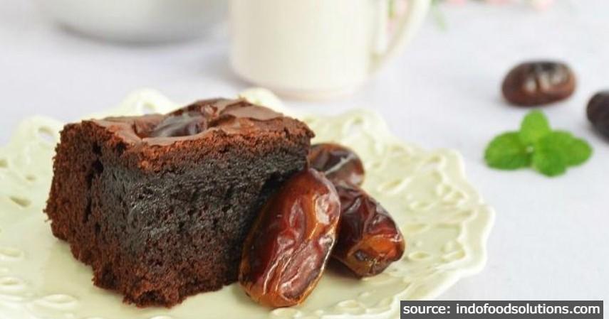 Brownies Kurma - 7 Resep Olahan Kurma Sederhana yang Bisa Dibuat Sendiri di Rumah