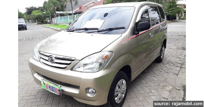 Daihatsu Xenia - 8 Mobil MPV Bekas di Bawah Rp100 Juta