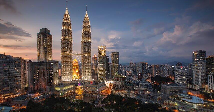 Malaysia - 6 Negara yang Bisa Dikunjungi Dengan Syarat Vaksin Covid-19