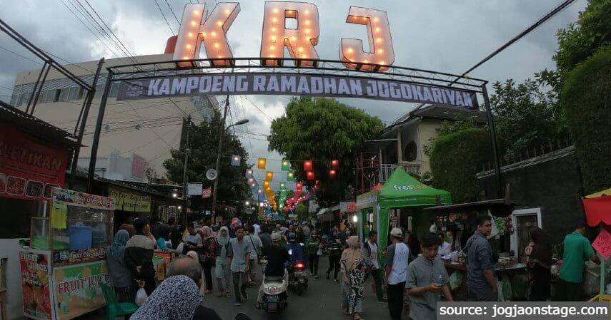 Pasar Ramadhan Jogokariyan - 11 Tempat Ngabuburit di Jogja Paling Asyik