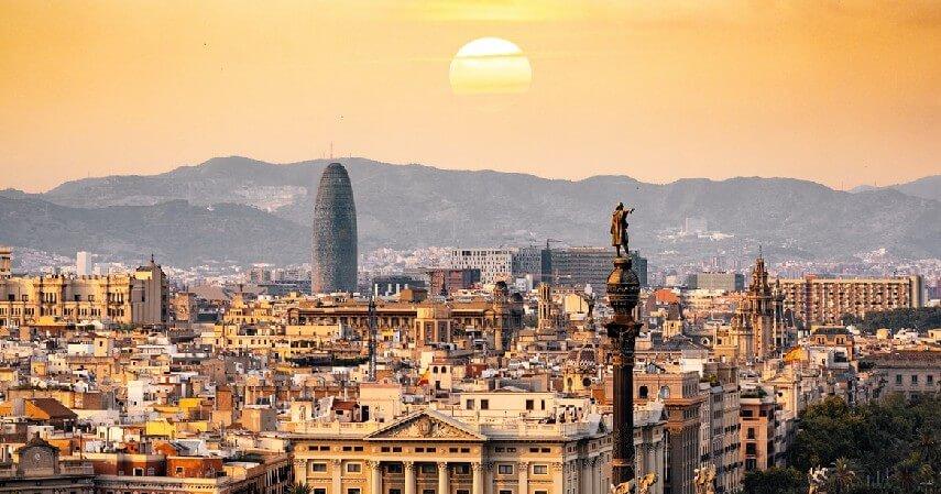 Spanyol - 6 Negara yang Bisa Dikunjungi Dengan Syarat Vaksin Covid-19