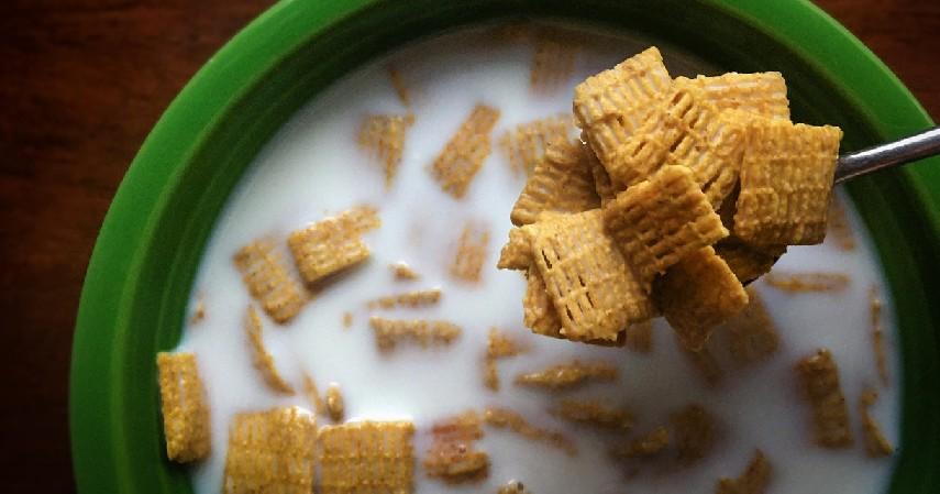 Susu Sereal - 10 Menu Buka Puasa untuk Penderita Diabetes yang Aman Dikonsumsi