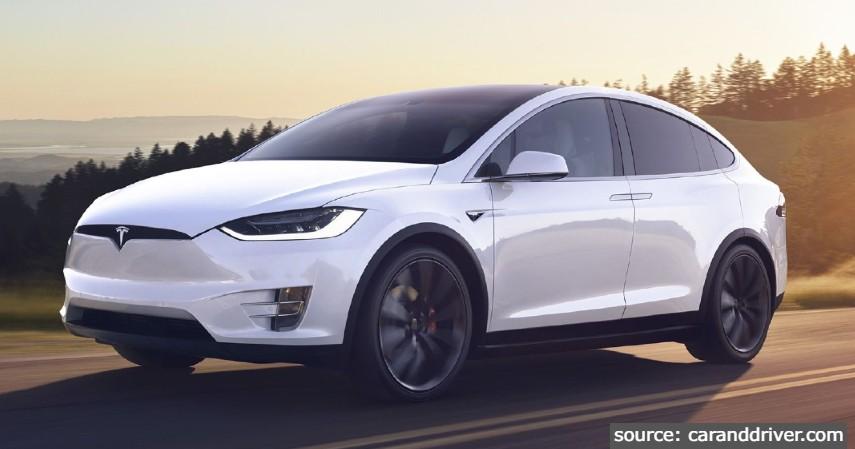 Tesla Model X Long Range - Mobil Mewah yang Dijual di Indonesia dengan Harga Selangit