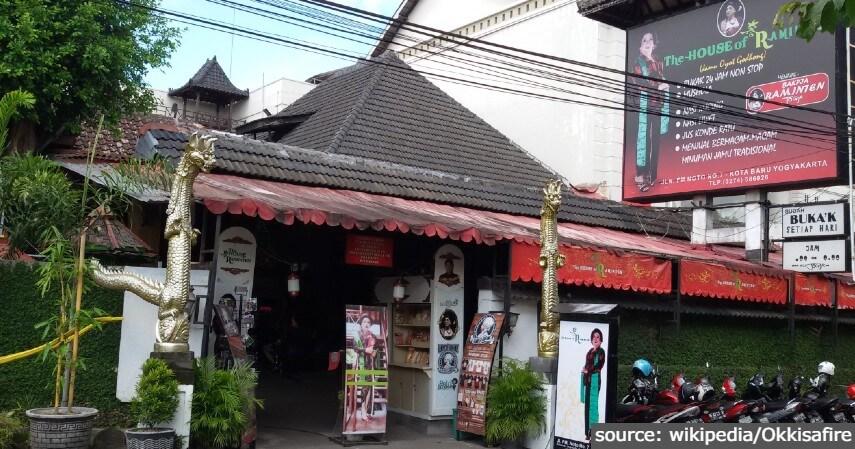 The House of Raminten - 11 Tempat Ngabuburit di Jogja Paling Asyik