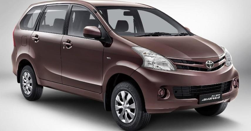 Toyota Avanza - 8 Mobil MPV Bekas di Bawah Rp100 Juta