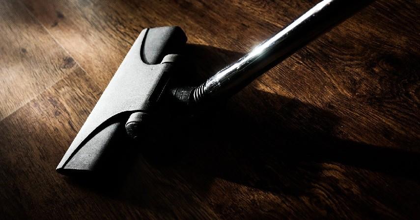 vacuum cleaner - Cara Membersihkan Lantai Kayu