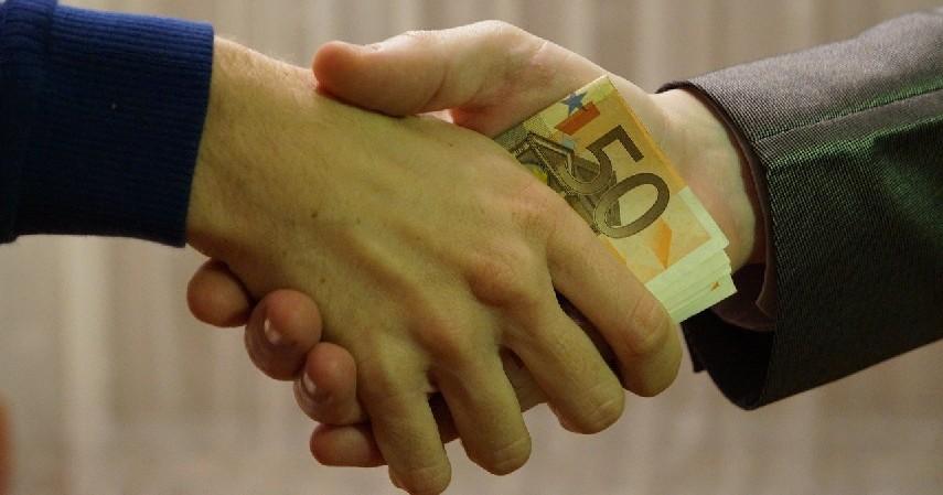 Jangan Berhutang - Tips Sukses Investasi di Usia Muda