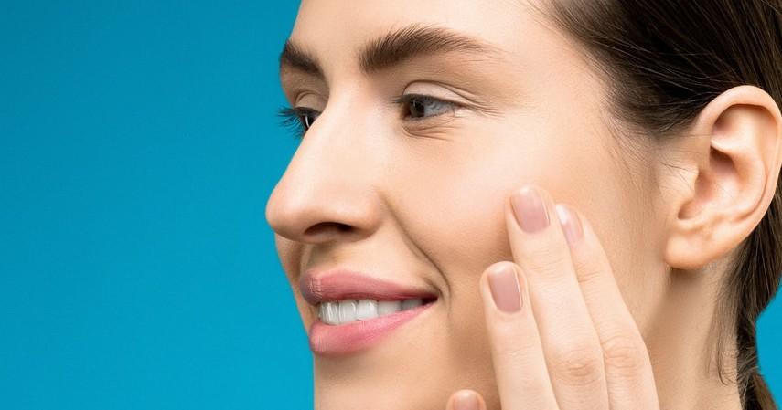 Mengatasi masalah jerawat - Manfaat Madu untuk Wajah