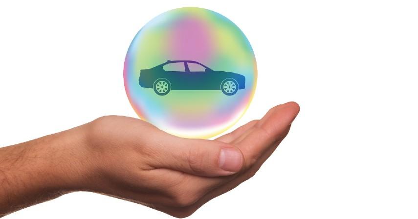 Disertai dengan Asuransi - Beli Mobil Cash atau Kredit