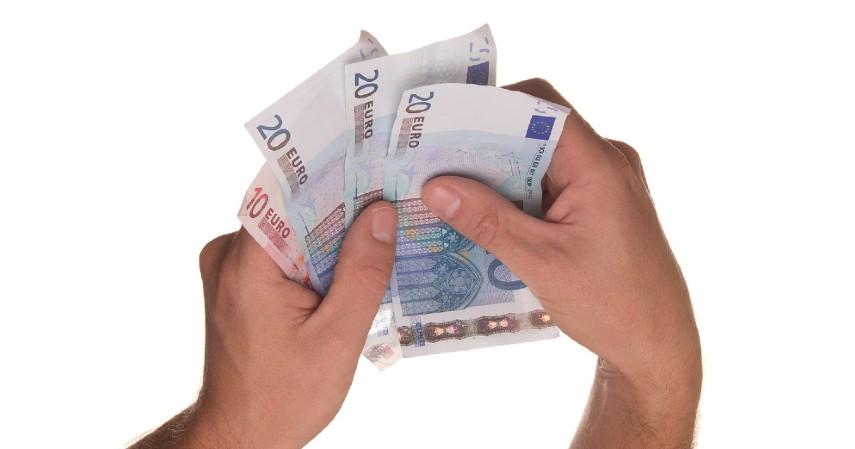 biaya yang harus dibayarkan - Perbedaan Obligasi Konvensional dan Syariah