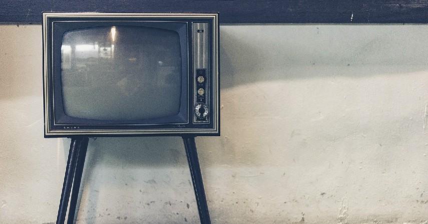 definisinya - Perbedaan TV Analog dan Digital
