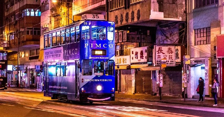 transportasi umum - Cara Mengelola Uang saat Menganggur