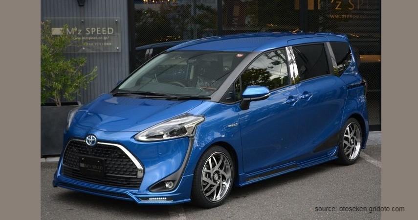 Toyota Sienta G, 2017 - Mobil Bekas Matic Murah.jpg