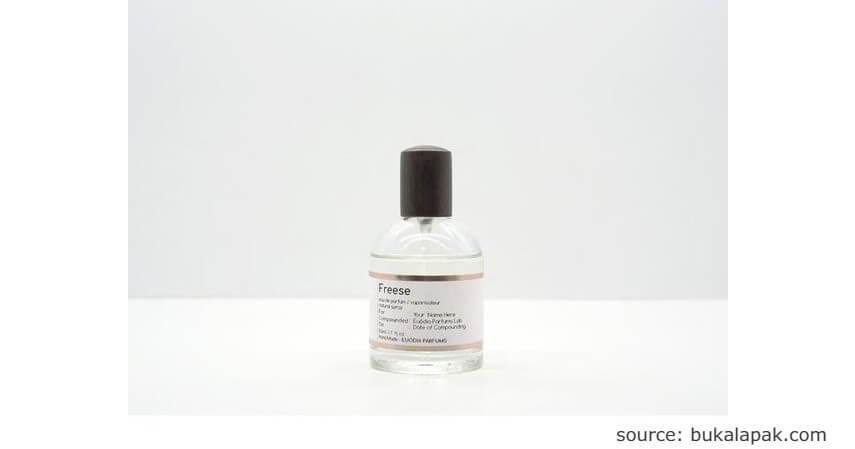 Euodia Parfums Freese - 7 Rekomendasi Parfum Lokal Tahan Lama Cocok untuk Hadiah