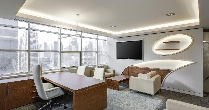 Pilih bahan baku - Bisnis Furniture dengan Permata KTA