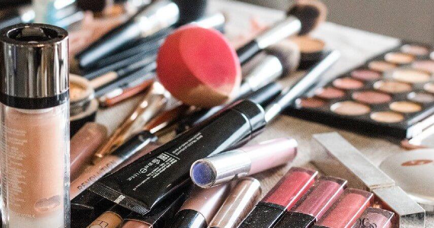 Update perkembangan zaman - Bisnis Reseller Kosmetik dengan KTA OK Bank