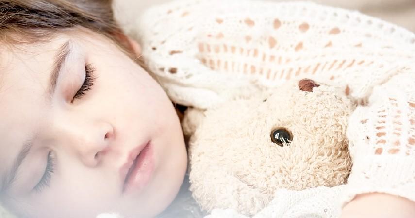 Tidur cukup - Tips Menjaga Daya Tahan Tubuh di Musim Pancaroba