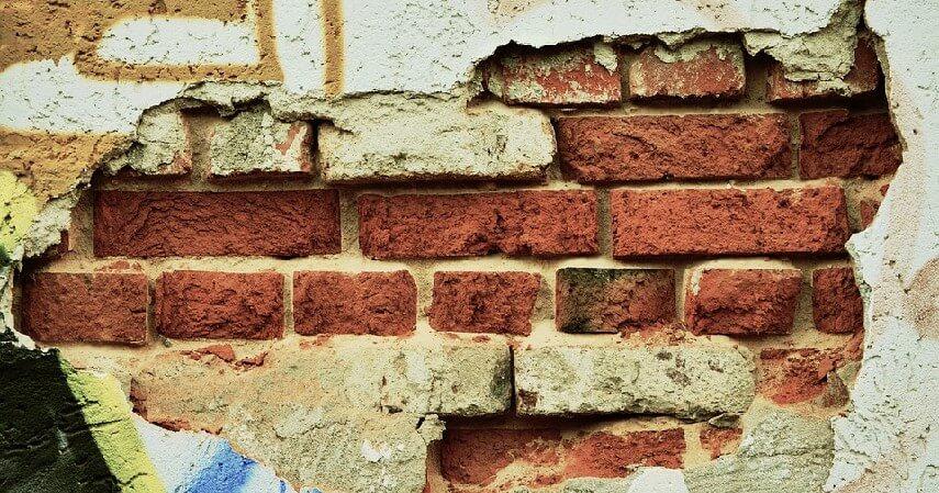 dinding rumah - Tips Renovasi Rumah sebelum Musim Hujan